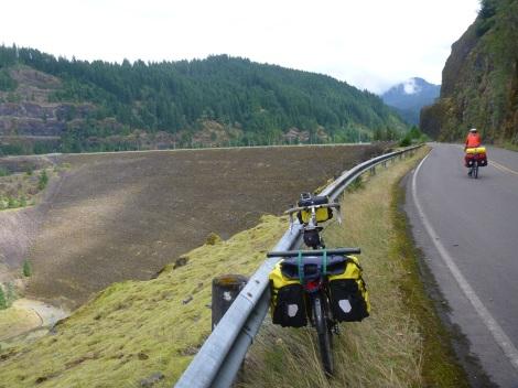 Approaching Cougar Dam