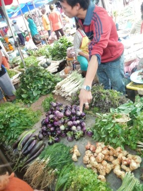 Laos CS market2