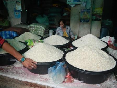 Laos CS market5