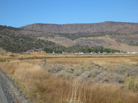 Approaching Frenchglen from the campground