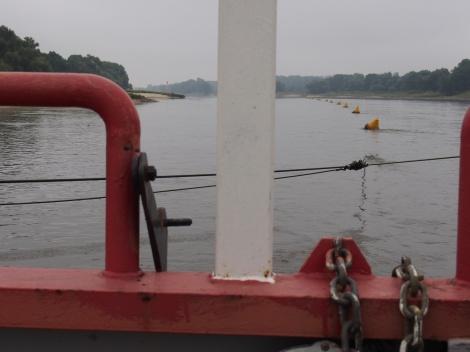 Reaction ferry anchor