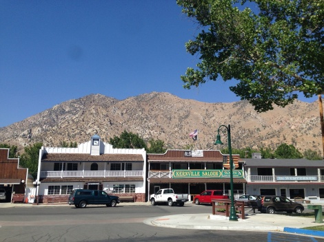 Welcome to the blue sky of Kernville